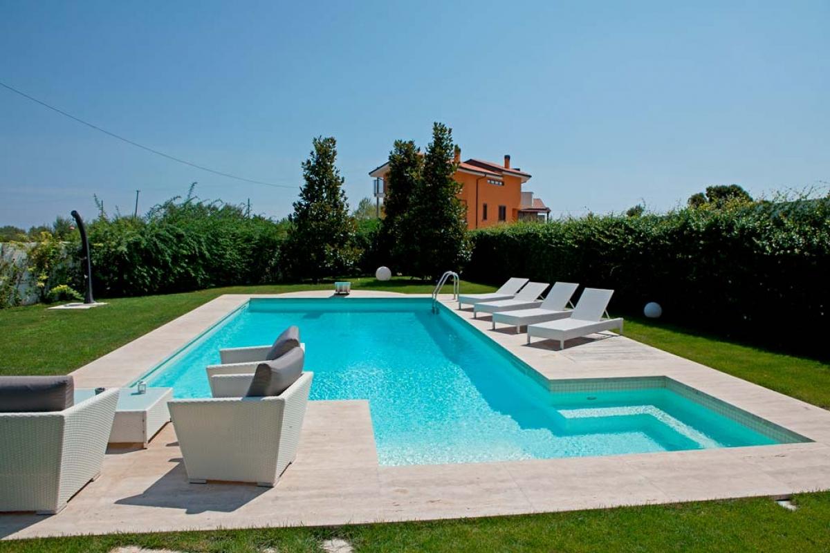 Vendita Piscine A Catania michele messina | costruzione e vendita piscine interrate